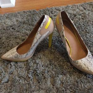 LAMB size 10 snake skin with yellow heel